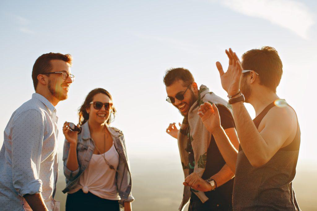 英会話勉強法:交流しながら学びたい方