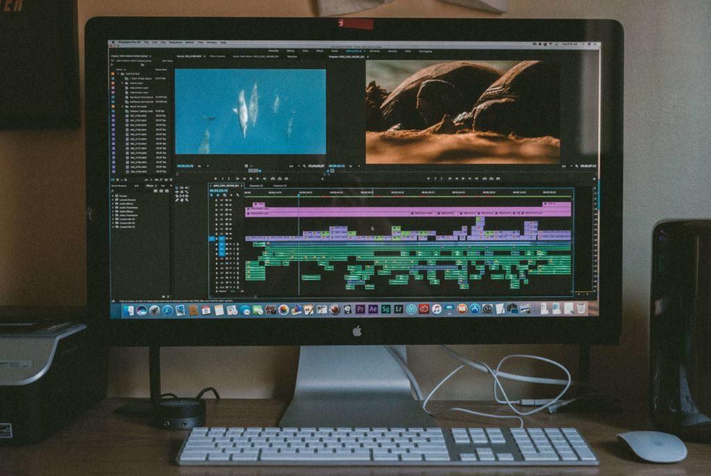 動画編集に必要なもの:動画編集ソフト