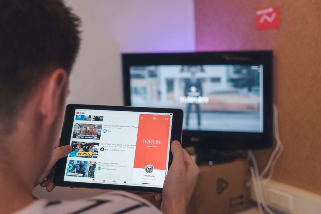 企業用Youtubeチャンネルの運用方法