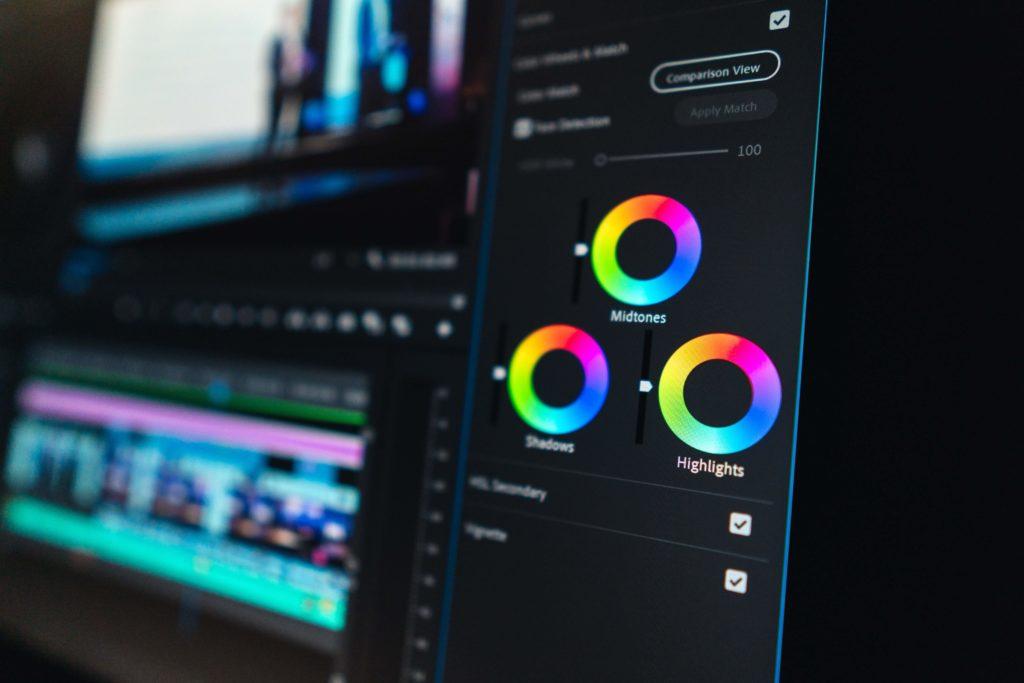動画編集で稼ぐには?:他の編集者と差別化する方法