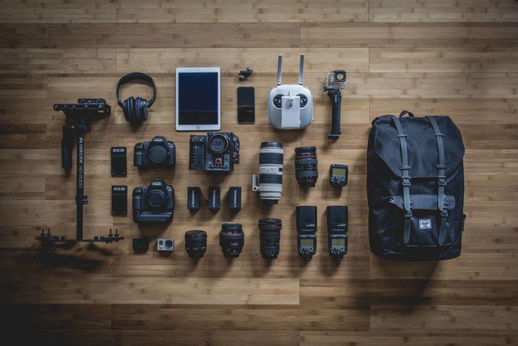 映像クリエイターに独学でなる方法:必要機材